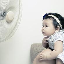 Kipas angin untuk bayi bisa menimbulkan gangguan pernapasan, dehidrasi, hingga hipotermia
