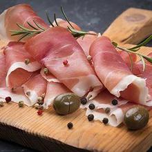 Daging beku olahan merupakan salah satu pantangan paru-paru basah