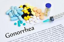 Pengobatan gonore yang utama adalah pemberian antibiotik
