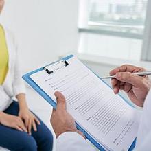 mengetahui riwayat kesehatan keluarga dapat membantu dokter menentukan diagnosis