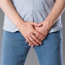 Bintik putih di penis seringkali menyebabkan kekhawatiran pada pria