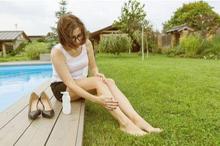 Kulit kaki kering bisa menandakan adanya penyakit kulit yang Anda derita