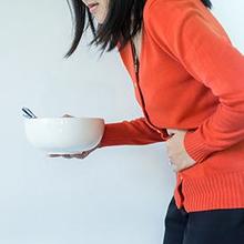 Perut perih setelah makan umumnya tak bahaya, tap tetap harus diperiksakan