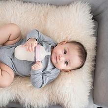 Probiotik untuk bayi adalah bakteri baik untuk pencernaan Si Kecil
