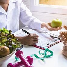 perbedaan dokter spesialis gizi klinik dan ahli gizi