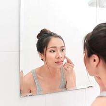 Skin care untuk kulit berjerawat harus dipilih dengan saksama