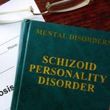 Skizoid adalah gangguan kepribadian yang penderitanya tidak mampu membentuk hubungan sosial