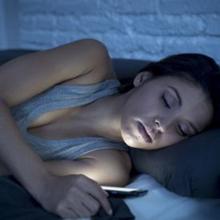 Sleep texting dapat membuat penderitanya mengirim pesan secara tak sengaja saat sedang tidur.