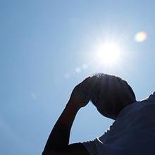 Hipertermia adalah kelompok kondisi medis akibat naiknya suhu tubuh