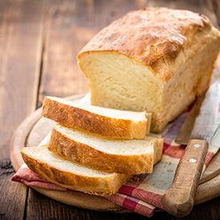 Salah satu jenis makanan rendah serat adalah roti putih