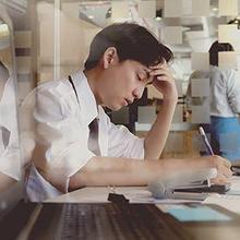 Learned helplessness adalah sikap pasrah saat menghadapi masalah yang sama