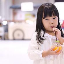 Vitamin C untuk anak bisa didapatkan dari buah-buahan sitrus