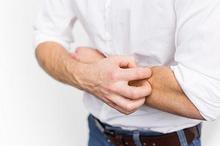 Penyebab tangan dan kaki gatal bisa jadi gejala penyakit tertentu