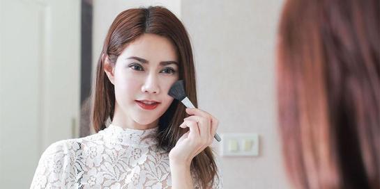 Rekomedansi base make up terbaik untuk jadikan penampilan Anda cantik