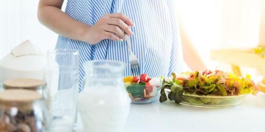 Makanan sehat Ibu hamil peting bagi kondisi kandungan dan tumbuh kembang bayi