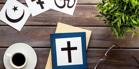 Ada cara menjalani hubungan beda agama dengan pasangan agar tetap langgeng