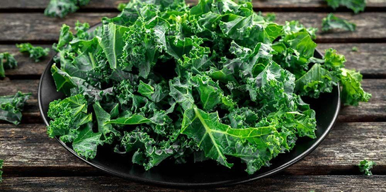 Manfaat kale juga muncul dari daunnya yang hijau tua