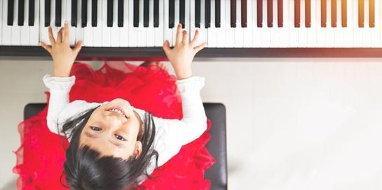 Manfaat alat musik untuk anak