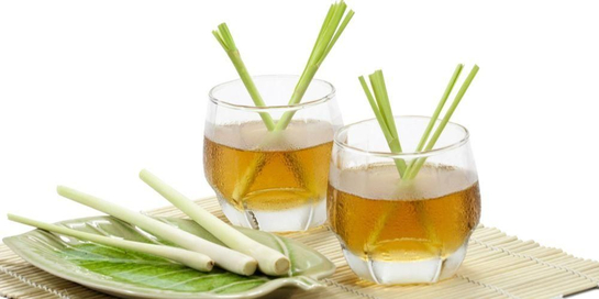 """Selain beraroma sedap, teh sereh juga punya manfaat yang """"lezat""""."""
