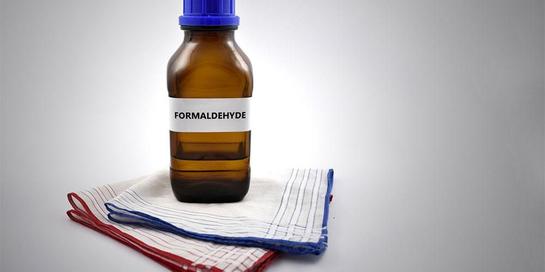 Dalam Bahasa Inggris, formalin disebut formaldehyde