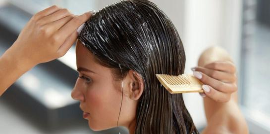 Ada berbagai jenis hair mask alami yang dapat Anda coba