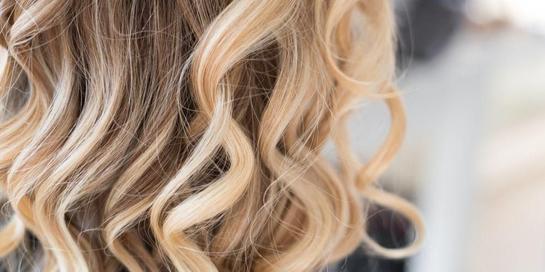 Ada beberapa cara merawat rambut pirang yang perlu dilakukan