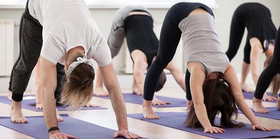 Olahraga seperti yoga mampu mengatasi migrain