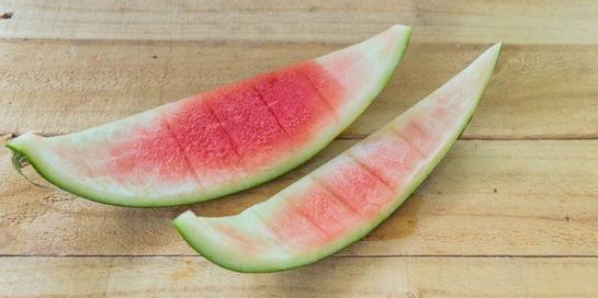 Ternyata ada banyak manfaat kulit semangka