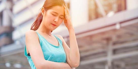 Dehidrasi berat pada tubuh dapat menyebabkan sakit kepala