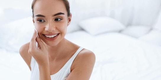 Memilih skincare untuk kulit kombinasi dengan tepat memang cukup menantang