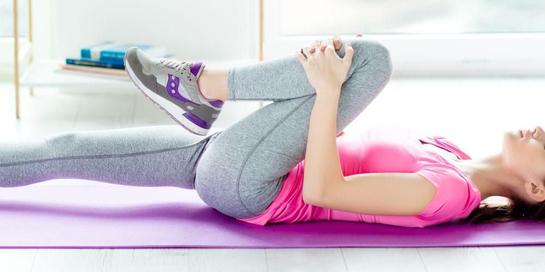 Terapi fisik untuk cedera hamstring membantu mengembalikan fungsi otot yang cedera