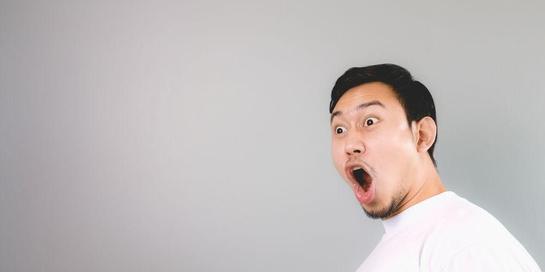 Ekspresi wajah dapat menggambarkan perasaan seseorang, misalnya terkejut