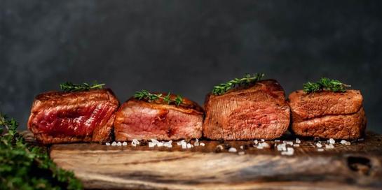 Ada empat tingkat kematangan steak yang menghasilkan rasa dan manfaat yang berbeda