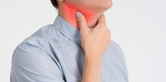 Terlalu banyak berteriak maupun terlalu sering berbisik justru membuat tenggorokan terasa kering