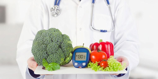 Mengatur pola makan sehat bisa dilakukan dengan memasukkan sayuran dan buah dalam menu harian