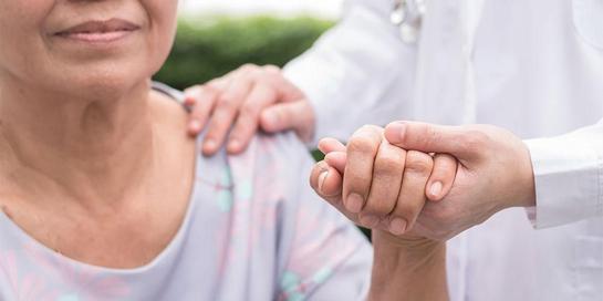 Perawatan paliatif adalah perawatan bagi pasien yang meliputi fisik, emosional, spiritual, dan sosial