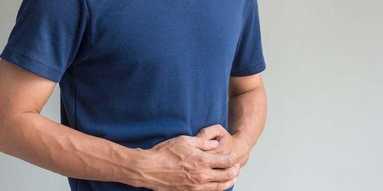 Perut keras bisa jadi tanda salah makan atau gangguan medis