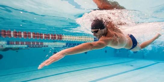 Gejala tiroid bisa diatasi dengan berenang