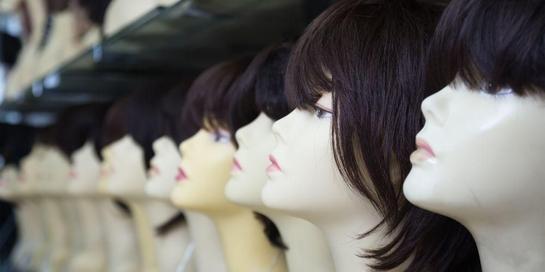 Rambut palsu hadir dalam dua jenis