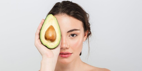 Buah untuk kulit dapat beraneka ragam, termasuk alpukat dan jeruk
