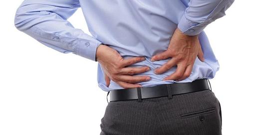 Kelainan pada tulang belakang dapat menyebabkan terganggunya fungsi sehari-hari