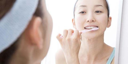 Ini cara sikat gigi yang direkomendasikan ahli