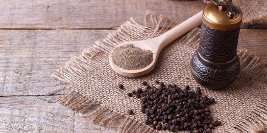 Manfaat merica hitam bukan hanya untuk penyedap makanan namun kesehatan tubuh