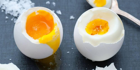 Lama waktu merebus telur akan menghasilkan tingkat kematangan telur yang berbeda