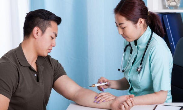 Cefoperazone digunakan untuk mengobati berbagai infeksi bakteri