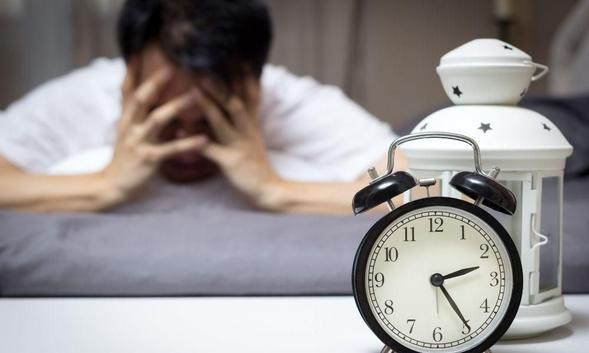 Diazepam adalah obat untuk mengatasi gangguan kecemasan dan insomnia serta kejang