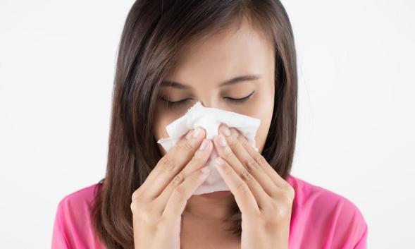 Phenylephrine dapat mengurangi pembengkakan di hidung dan telinga