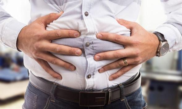 Simethicone digunakan untuk mengatasi gejala akibat produksi gas berlebih pada saluran pencernaan