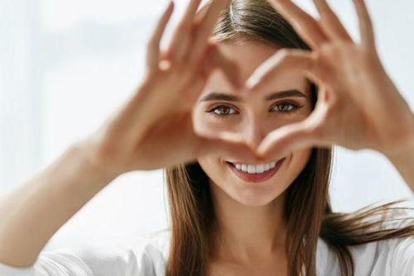 Vitamin A digunakan untuk menjaga kesehatan mata, kulit, serta organ reproduksi