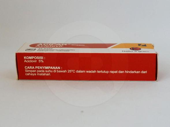 Acifar krim 5 g untuk pengobatan infeksi virus herpes simplex pada kulit dan infeksi pada selaput lendir.
